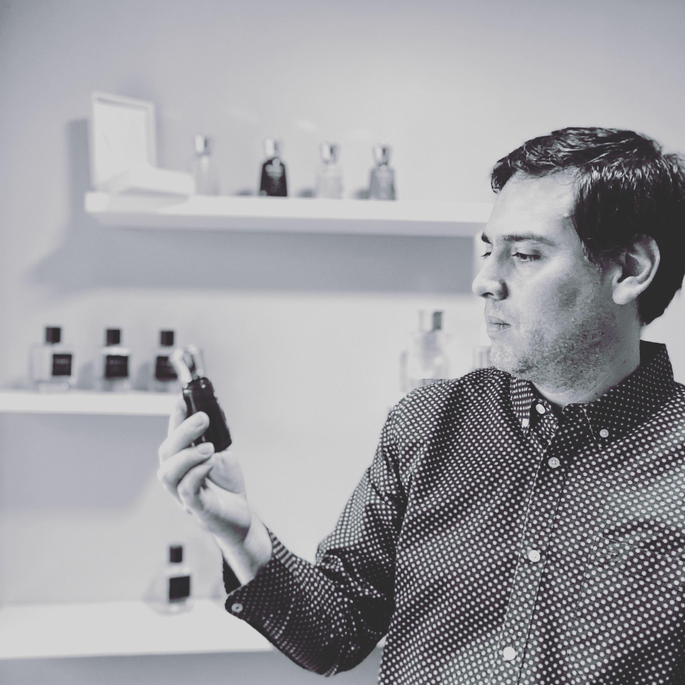 Cruz & Valencia Perfumes Exclusivos