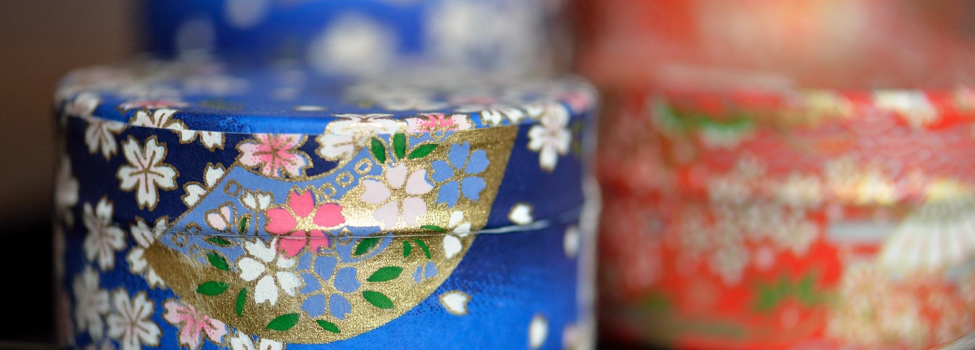 Tarros japoneses decorados con papel chiyogami